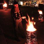 Feuertonnen auf dem Michelplatz: Orte für Gespräche und zum Aufwärmen