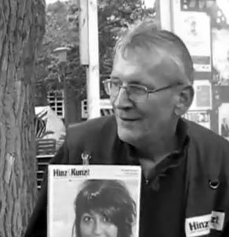 Hinz&Künztler Peter an seinem Stammplatz auf dem Saseler Markt