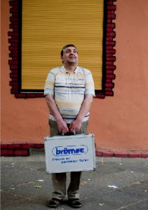 Früher Hilfeempfänger ohne Aussicht auf eine neue Stelle, heute  Mini-Unternehmer mit großen Plänen für die Zukunft: Abdullah Akçay