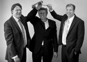 WTM Geschäftsführer Dr. Ulrich Jäppelt, Dr. Karl Morgen und Dr. Stefan Ehmann beim HAUSBAU.