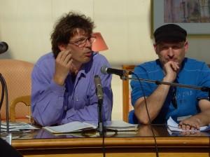 Moderation und Präsentation der Ergebnisse: Heinz Zauner (Kupfermuckn, Linz) und Andreas Hennefeld (Augustin, Wien)