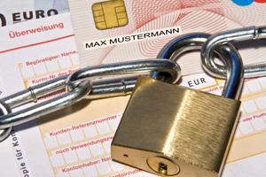 Das Konto vor Zugriff durch Gläubiger sichern: Ab 2012 nur noch mit einem P-Konto möglich. Foto: Thorben Wengert / pixelio.de