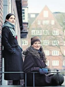 Meike Schrader (links) hat sich angesteckt. Seit sie in  der Sendung von NDR-Moderatorin Wiebke Colmorgen war, hat sie Plattdeutsch für sich entdeckt.