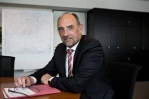 """""""Wir sind freundschaftlich- konsequent."""" Sozialsenator Detlef Scheele (SPD). Foto: Cornelius M. Braun"""