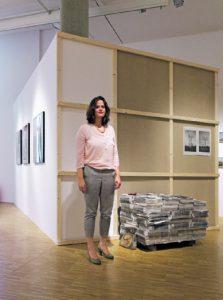 """""""Während wir hier stehen,  sterben in Ägypten Menschen"""", sagt Künstlerin Mariam Mekiwi."""