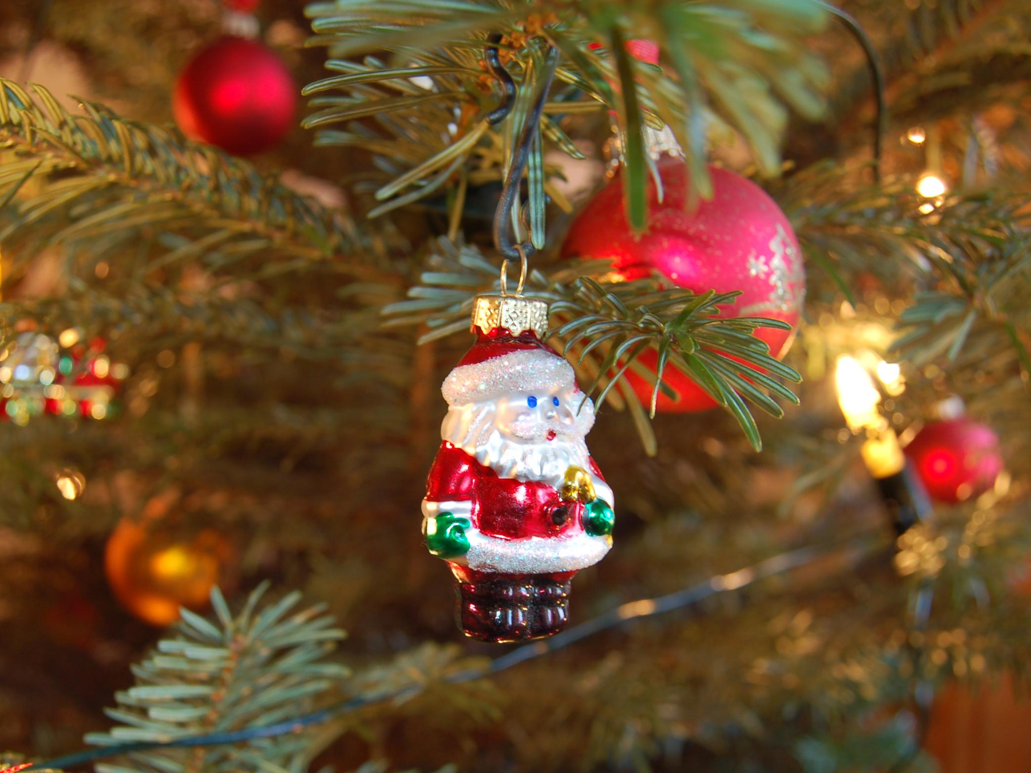 weihnachten geschenke und braten f r arme hinz kunzt. Black Bedroom Furniture Sets. Home Design Ideas
