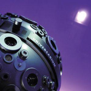 Mit Hilfe modernster Projektions-Technik fühlen sich die Besucher wie die Besatzung des Rausmschiffs Enterprise