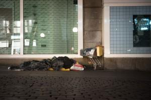 Brauchen dringend Hilfe: Obdachlose in Hamburg, die Platte machen müssen.